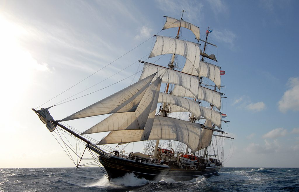 Stad Amsterdam ship (photo from stadamsterdam.com website)